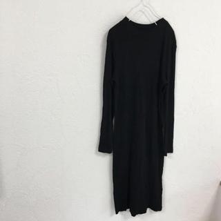 エイチアンドエム(H&M)の美品H&MハイネックリブニットワンピースBLACK(ロングワンピース/マキシワンピース)