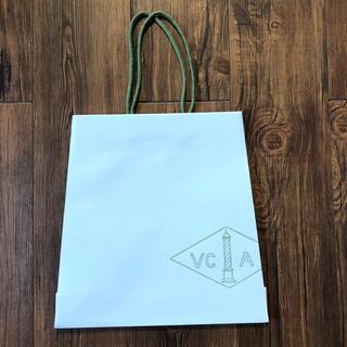 ヴァンクリーフアンドアーペル(Van Cleef & Arpels)の美品 Van Cleef & Arpels ショッパー  袋 紙袋(ネックレス)