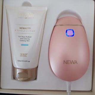 ニューワリフト    NEWAリフト 美容家電    新品ジェル2本付き(フェイスケア/美顔器)
