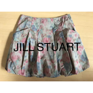 ジルスチュアート(JILLSTUART)の花柄スカート ジルスチュアート バルーン 水彩花柄(ミニスカート)
