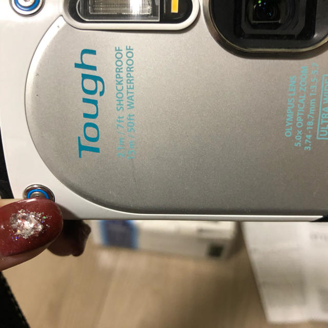 OLYMPUS(オリンパス)のOLYMPUS デジタルカメラ STYLUS TG-870 ホワイト 白 スマホ/家電/カメラのカメラ(コンパクトデジタルカメラ)の商品写真