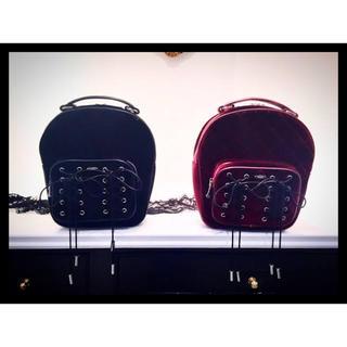 イートミー(EATME)の【EATME】ダブルファスナーベロアキルティングバッグ(ショルダーバッグ)