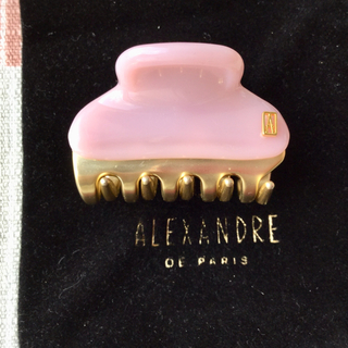 アレクサンドルドゥパリ(Alexandre de Paris)のアレクサンドルクリップ 小 ピンク 美品 巾着つき(バレッタ/ヘアクリップ)