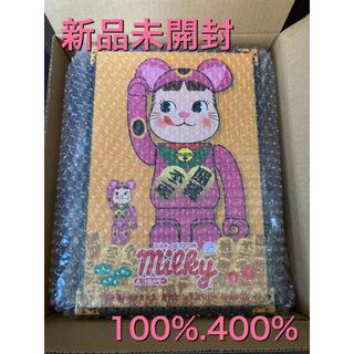 不二家 - BE@RBRICK 招き猫 ペコちゃん 蛍光ピンク 100% & 400%