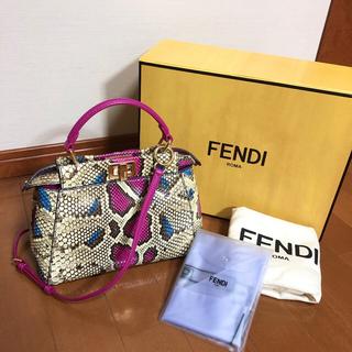 FENDI - フェンディ  ミニ ピーカブー パイソン