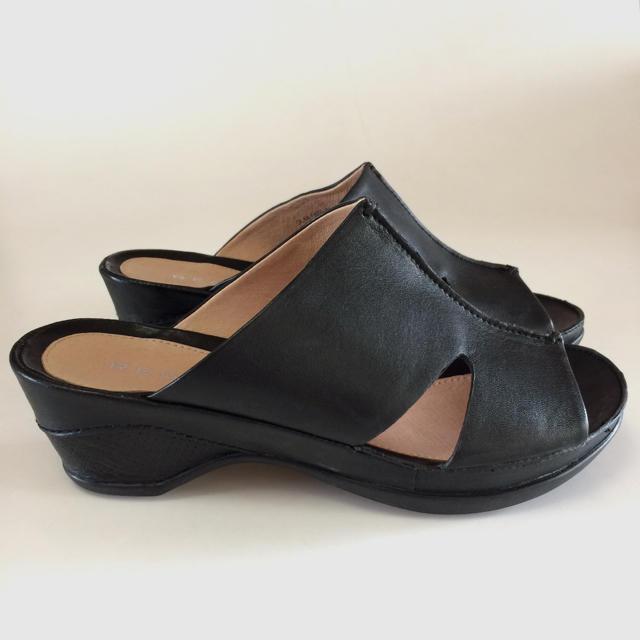 REGAL(リーガル)のリーガル サンダル 23.5センチ コンフォートサンダル ビジネス用 厚底 軽量 レディースの靴/シューズ(サンダル)の商品写真