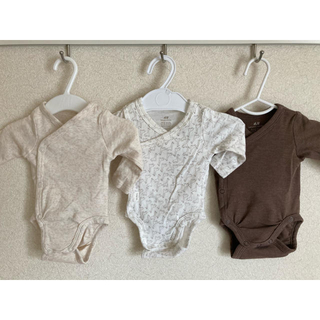 エイチアンドエム(H&M)の新生児、低体重児におすすめ♡前開きボディスーツ(肌着/下着)