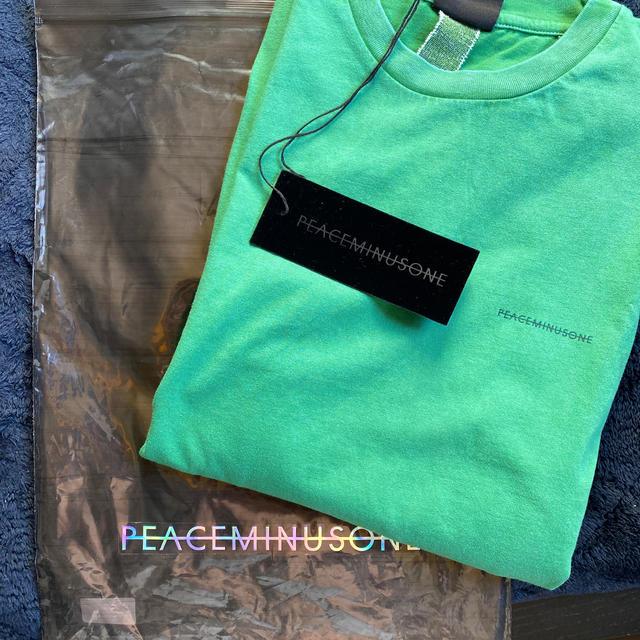 PEACEMINUSONE(ピースマイナスワン)のpeaceminusone green ティシャツ メンズのトップス(Tシャツ/カットソー(半袖/袖なし))の商品写真