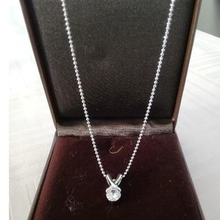 エステルドバルローズ(ESTELLE DE VALROSE)の【未使用】ネックレス ダイヤモンドのような石 0.7カラット(ネックレス)