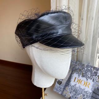 Dior - DIOR PARIS REVOLUTION ベール付き キャップ