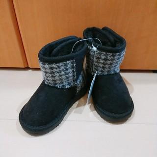 シマムラ(しまむら)の新品未使用タグ付き しまむら 男女兼用 チェック柄ムートンブーツ 13cm(ブーツ)