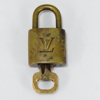 LOUIS VUITTON - ルイヴィトン カデナ ※ジャンク品:鍵が開きません※