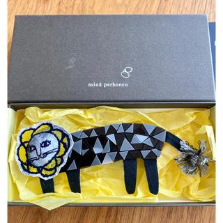 mina perhonen - ミナペルホネン ブローチ ライオン