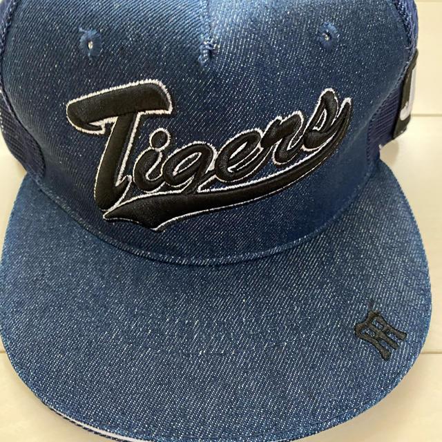 阪神タイガース(ハンシンタイガース)の阪神タイガース 帽子 スポーツ/アウトドアの野球(応援グッズ)の商品写真