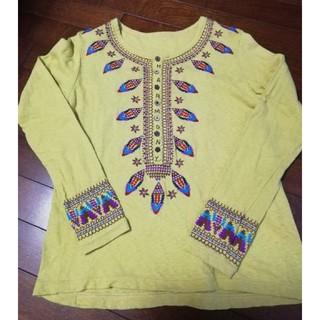 ラフ(rough)のrough 刺繍が可愛いカラシ色の長袖Tシャツ(Tシャツ(長袖/七分))
