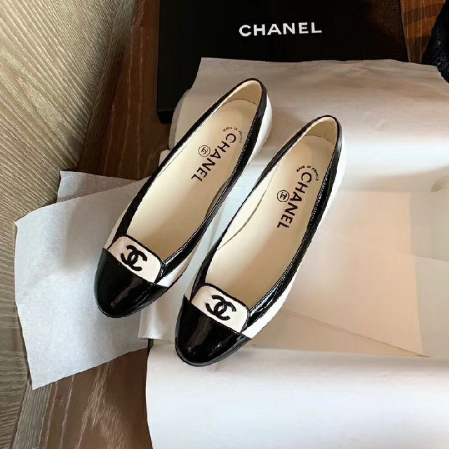 CHANEL(シャネル)のCHANEL パンプス バレエシューズ レディースの靴/シューズ(バレエシューズ)の商品写真