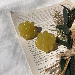 カスタネ(Kastane)のknit lime(ピアス)