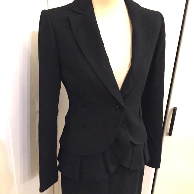 RED VALENTINO(レッドヴァレンティノ)のSALE‼️レッドヴァレンティノ RED VALENTINO スーツ ジャケット レディースのフォーマル/ドレス(スーツ)の商品写真