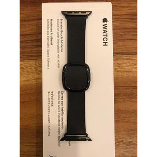 アップルウォッチ(Apple Watch)のアップルウォッチ モダンバックル 黒 純正レザーバンド40mm用 Sサイズ(レザーベルト)