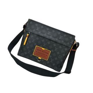 LOUIS VUITTON - 😁美品😁Louis Vuitton ショルダーバッグ