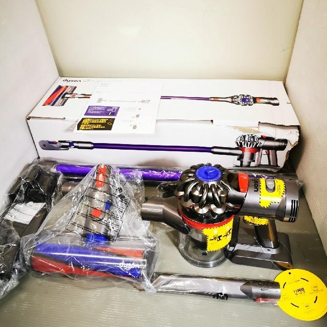 Dyson(ダイソン)のDyson ダイソン SV11コードレスクリーナー V7 fluffy orig スマホ/家電/カメラの生活家電(掃除機)の商品写真