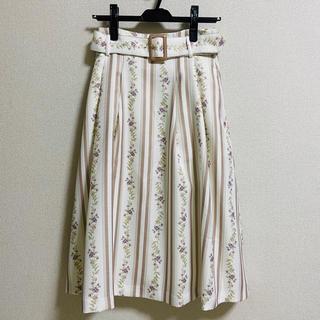 ダズリン(dazzlin)のdazzlin ラインフラワーミモレ丈スカート(ひざ丈スカート)