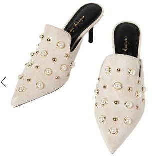 エイミーイストワール(eimy istoire)のレア 新品 エイミー eimy パールスタッズミュール ミュール パール 靴(ミュール)