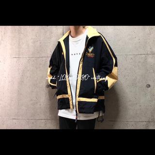カンタベリー Canterbury 黒×黄 ライン ナイロンジャケット アウター(ナイロンジャケット)