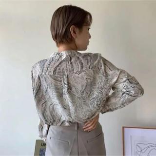 marble no collar blouse nokcha