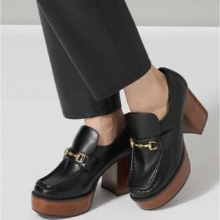 ジーナシス(JEANASIS)のJEANASIS ビットツキヒールローファー ブラック(ローファー/革靴)