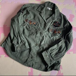 マウジー(moussy)のマウジー ミリタリー ジャケット シャツ ワッペン 刺繍(ミリタリージャケット)