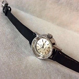 OMEGA - OMEGA カットガラス レディース 腕時計