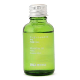 ムジルシリョウヒン(MUJI (無印良品))の無印良品 エッセンシャルオイル ゆず 10ml×3 30ml×2セット(エッセンシャルオイル(精油))