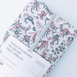 ZARA HOME - 新品 ZARA HOME ザラホーム フラワー プリント 枕カバー
