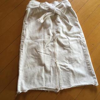 GU - ベルト付き 白 デニムスカート  ステッチ入り 140 GU