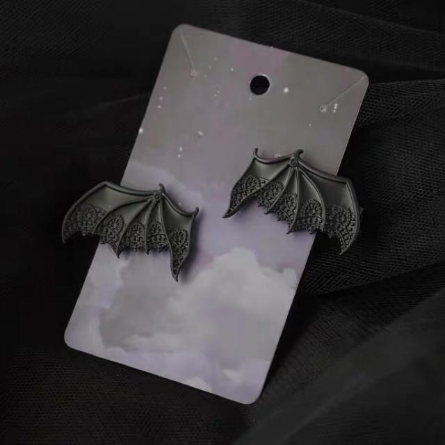 Ank Rouge(アンクルージュ)のゴシック やみかわ  ハロウィン 量産系 地雷系 コウモリ 黒ヘアピン レディースのヘアアクセサリー(ヘアピン)の商品写真