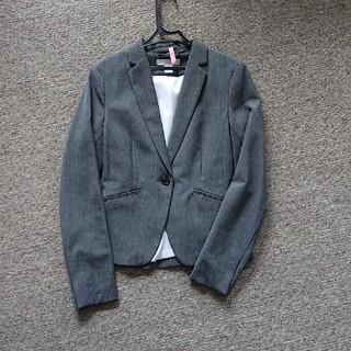 エイチアンドエム(H&M)のジャケット(テーラードジャケット)