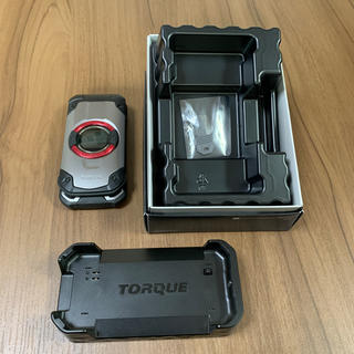 エーユー(au)のTORQUE X01 KYF33(携帯電話本体)