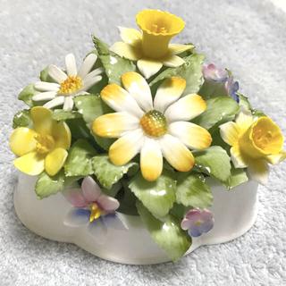 ロイヤルドルトン(Royal Doulton)の美品 ロイヤルドルトン  陶花 花壇 お値下げしました(置物)