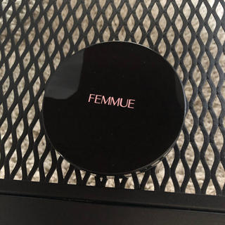 Cosme Kitchen - femmue ファミュ エバーグロウクッションファンデーション ライブベージュ
