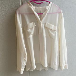 トゥモローランド(TOMORROWLAND)のシャツ ブラウス(シャツ/ブラウス(半袖/袖なし))