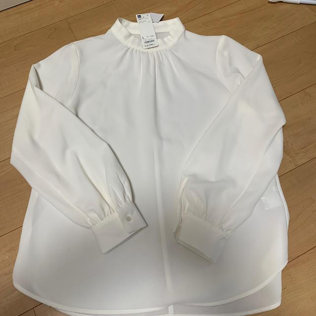 GU(ジーユー)の最終値下げ中GUスタンドカラーブラウス レディースのトップス(シャツ/ブラウス(長袖/七分))の商品写真