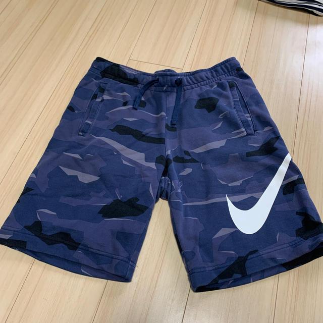 NIKE(ナイキ)のナイキ ハーフパンツ メンズのパンツ(ショートパンツ)の商品写真