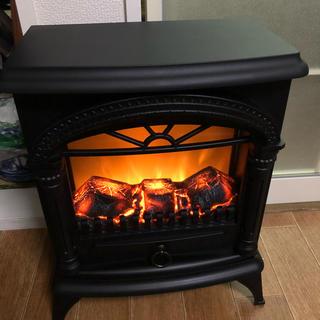 ニトリ(ニトリ)の暖炉風ヒーター(電気ヒーター)