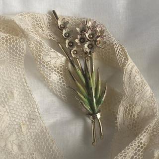 Lochie - vintage brooch 70s