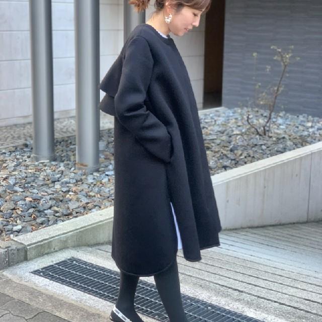 Chesty(チェスティ)のトレフルプラスワン ボンディングフリルコート 新品 レディースのジャケット/アウター(ロングコート)の商品写真