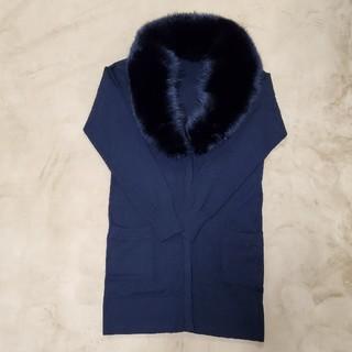 ダブルスタンダードクロージング(DOUBLE STANDARD CLOTHING)のダブルスタンダード。リアルファー付きロングカーディガン。ポケット付き金ボタン。黒(カーディガン)