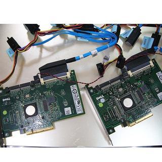 デル(DELL)のDELLRAIDコントローラー ケーブル付き2個セット(PC周辺機器)