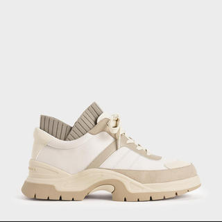 Charles and Keith - 【2020 FALL】レースアップ チャンキースニーカー Beige