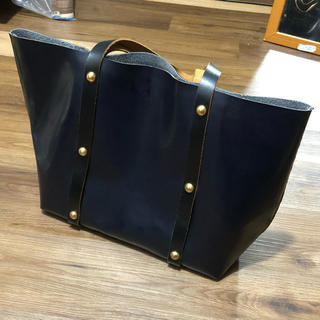 Marni - マルニ⭐︎スタッズ トートバッグ